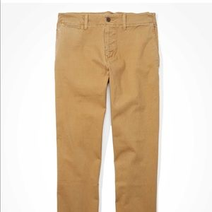 Mens American Eagle Relaxed Straight Chino